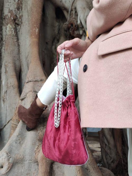 bolso-rojo-brocado casdena-burgundy