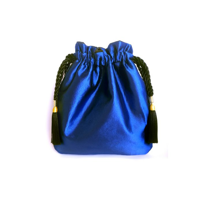 bolso-mano-azul-borlas-scilla-cariddi