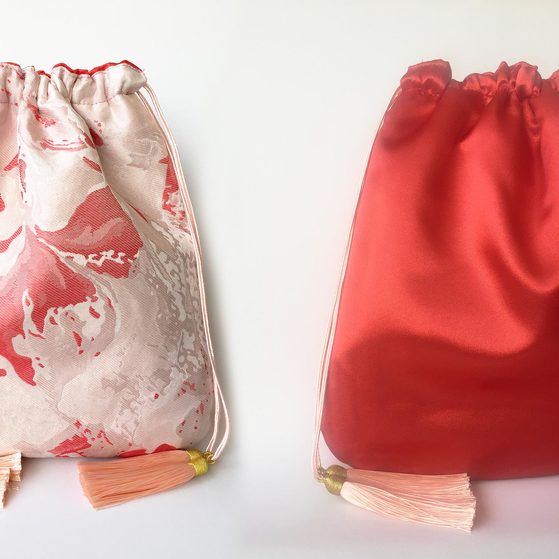 bolso-mano-reversible-brocado-rojo