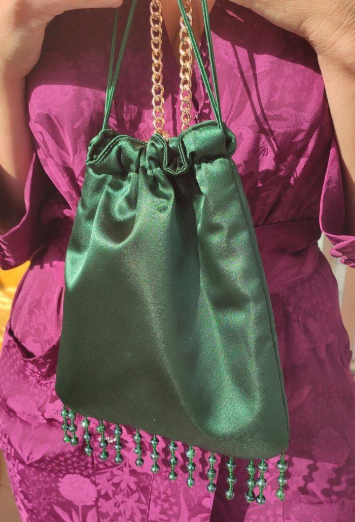 bolso mano verde con flecos scilla e cariddi