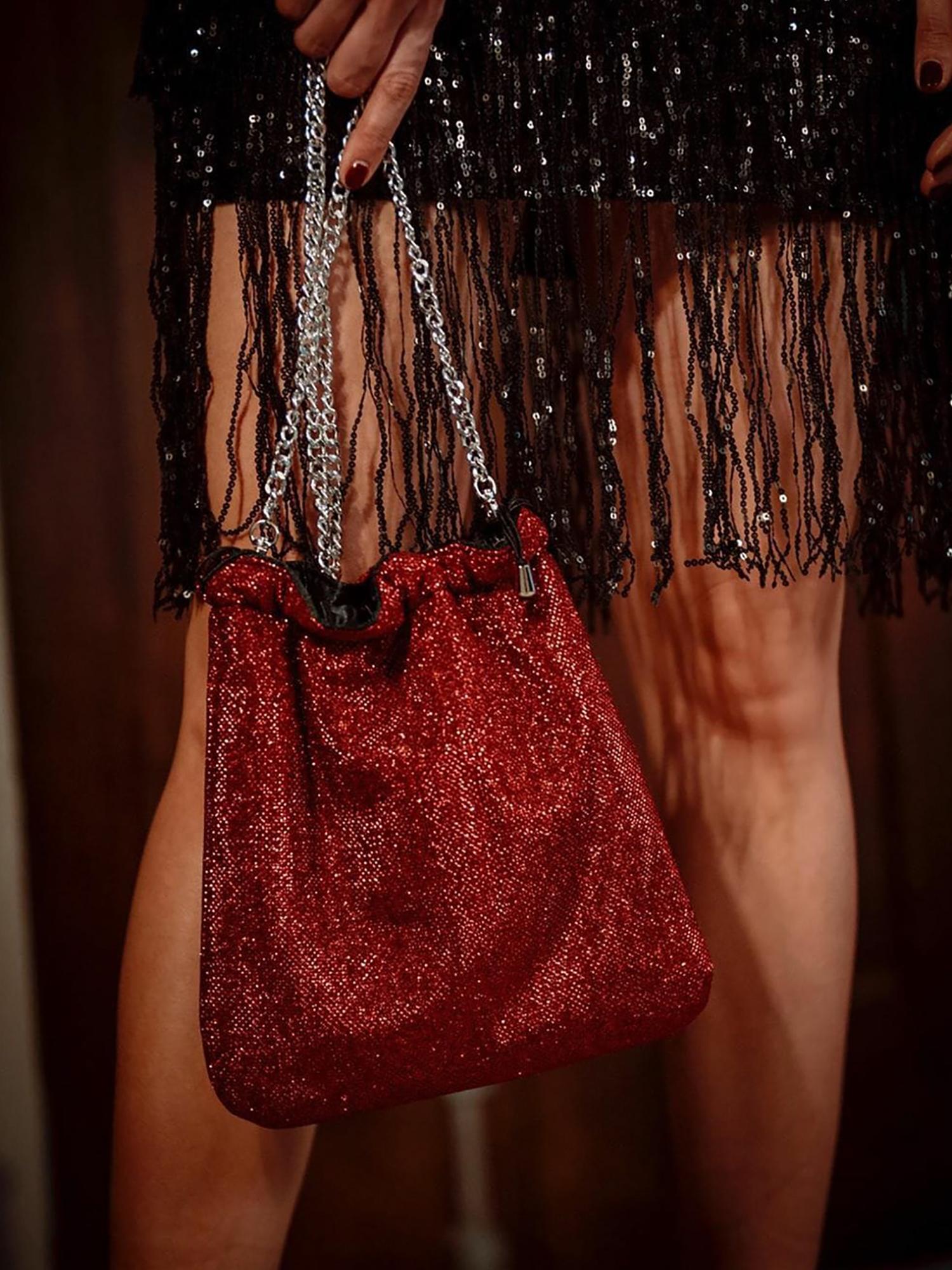 bolso rojo fiesta brillante scilla cariddi
